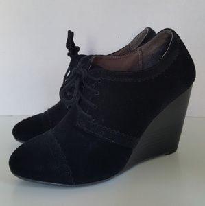 Aldo Black Suede Wedge Heel Lace Up Ankle Boots